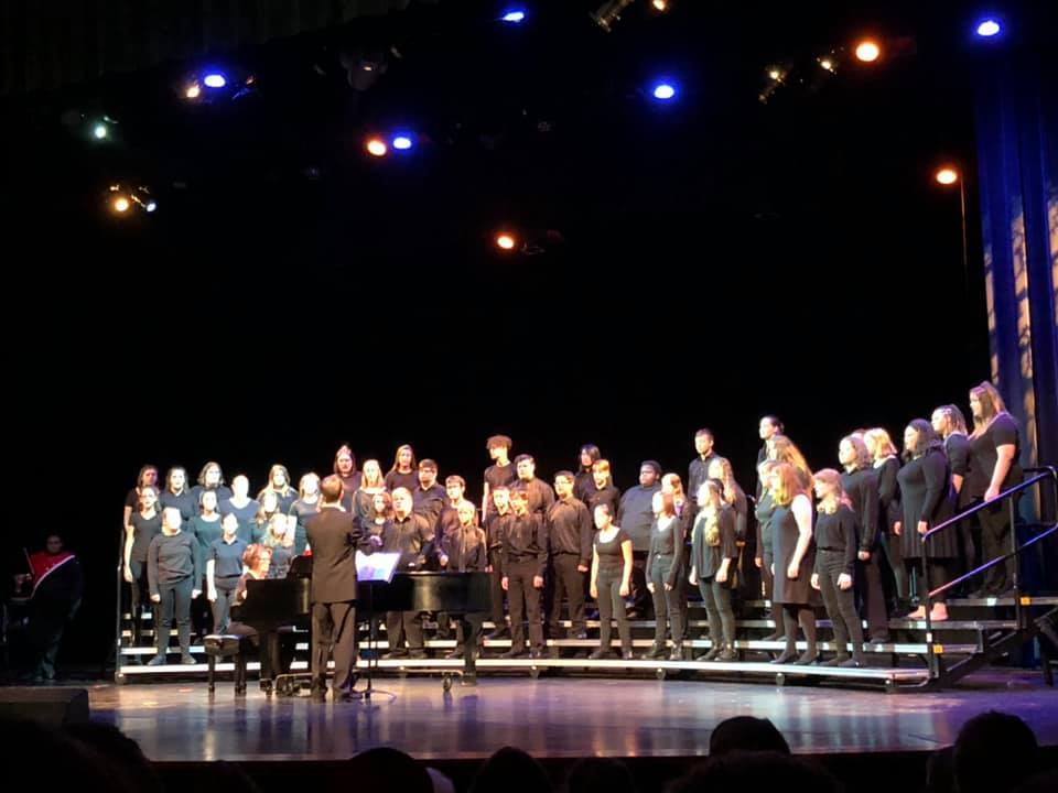 Concert Choir took the stage at a concert in the fall of 2019 under the direction of Mr. Max Wagner.